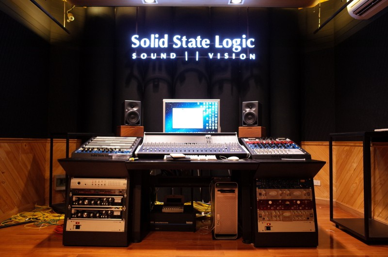 Mixer Table : SSL XL desk